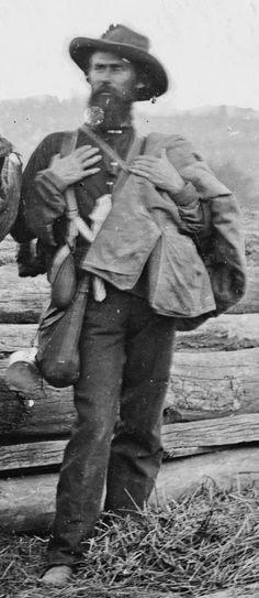 Fotografía de un soldado prisionero confederado, después de la batalla de Gettysburg (detalle, Mathew Brady, 3 Julio 1863).