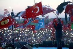 """أزيد من مليون مُتظاهر في إسطنبول .. """"أردوغان هدية من الله"""""""