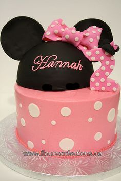 minnie mouse cake round bottom layer, with 3D ears on top