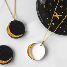Crescent Moon Necklace in White and Gold OR Black and Gold - Ceramic Jewelry, Mo. - Crescent Moon Necklace in White and Gold OR Black and Gold – Ceramic Jewelry, Modern Jewelry, Mot - Ceramic Jewelry, Polymer Clay Jewelry, Clay Earrings, Resin Jewelry, Diy Jewelry, Jewelery, Jewelry Accessories, Jewelry Design, Jewelry Making