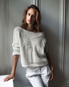 지금은 너무너무 무더운 여름날이지만 이제 조금 지나면 이런 스웨터들이 필요한 계절이 옵니다 준비해 두...