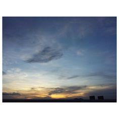 #sunset #sky #clouds #philippines #夕日 #夕焼け #空 #雲 #イマソラ #フィリピン