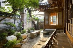 courtyard of a beautiful Korean traditional house Zen, Dream House Plans, My Dream Home, H Design, House Design, Asian House, Asian Interior, Asian Garden, Architecture Old