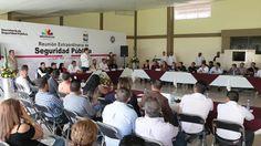El titular de la SSP de Michoacán, Juan Bernardo Corona, anunció la instalación de más de 120 cámaras de videovigilancia y dos arcos carreteros para fortalecer las acciones de vigilancia ...