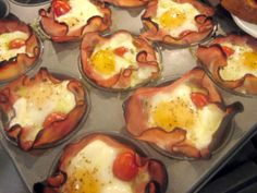 ham-and-egg-muffin-cups...I am making these this morning...they look yummy!