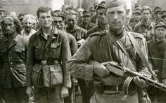 Ocupaţia sovietică de 14 ani în România. Lanţul de crime şi jafuri odioase s-a sfârşit abia în 1958