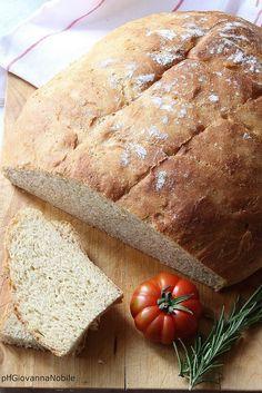 Pagnotta di farina integrale e grano kamut, con #MielbioAcacia, realizzata da @Giovannina30!