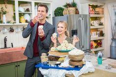 Popcorn Balls - Home & Family - Video Desserts To Make, Food To Make, Dessert Recipes, Healthy Desserts, Home And Family Hallmark, Hallmark Homes, Christmas Food Treats, Holiday Treats, Family Meals