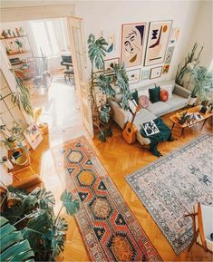 Hippie Living Room, Living Room Decor, Bedroom Decor, Decor Room, Bedroom Ideas, Wall Decor, Hippie Bedrooms, Bohemian Dorm Rooms, Living Rooms