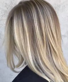 A good cut and blonde tone