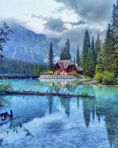 Emerald Lake, British Columbia CA