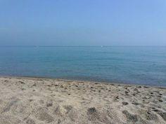 A las 7 de la mañana, el mar huele a mar.