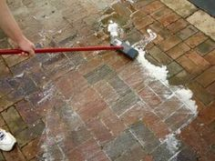 There is an easy and safe way to clean your outdoor pavers. A natural cleaning solution of ultra concentrated oxygen bleach and water can be applied with a deck brush for an easy, safe way to resto… Cleaning Stone, Deep Cleaning Tips, Cleaning Hacks, Floor Cleaning, Brick Porch, Brick Paver Patio, Concrete Patio, Brick Wall, Gardens