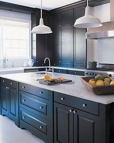 44 Brilliant Kitchen Countertop Trends Design For Small Space Kitchen Cabinet Interior, Grey Kitchen Cabinets, Painting Kitchen Cabinets, Kitchen Countertops, Kitchen Decor, Kitchen Dining, Kitchen Ideas, Stone Kitchen, Black Cabinets