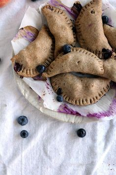 vegan vanilla bean blueberry peach hand pies | love me, feed me. Made Just Right. Plant Based. Earth Balance.