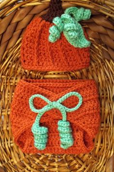 Fall/Halloween beanie and diaper cover - photo prop