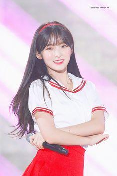 Kpop Girl Groups, Korean Girl Groups, Kpop Girls, Arin Oh My Girl, Girls Twitter, Kpop Girl Bands, Korean Face, I Love You Baby, Pastel