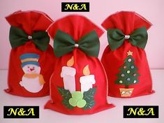 GUARAD PANETTONE -  N&A artesanatos: Novembro 2010 Christmas Gift Bags, Christmas Ornament Crafts, Homemade Christmas Gifts, Felt Ornaments, Christmas Time, Christmas Decorations, Xmas, Diy Christmas Fireplace, Felt Diy