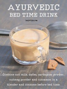 AYURVEDIC BEDTIME DRINK FOR DEEP SLEEP - BestOfTips Are you looking for weight loss drinks? Maybe you want to know how to make weight loss smoothies? Check these delicious, easy-to-make healthy smoothies recipes for rapid weight loss. Smoothie Drinks, Healthy Smoothies, Healthy Drinks, Smoothie Recipes, Healthy Snacks, Healthy Recipes, Healthy Eats, Lunch Smoothie, Breakfast Smoothies