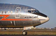 Boeing 737-800 (twin-jet) (B738) Aircraft (page 1-2) ✈ FlightAware