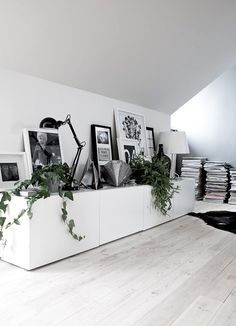 Coins et recoins - Décoration salon / Living-room - deco Nordic style - La… Casa Hipster, Home Living Room, Living Spaces, Interior Styling, Interior Decorating, Casa Loft, Home Decoracion, Deco Design, Home And Deco