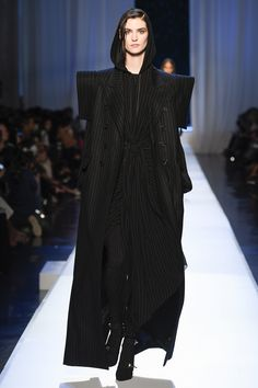 Jean Paul Gaultier Fall 2017 Couture Fashion Show - Manon Leloup
