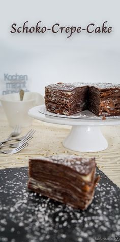 Leckerer Kuchen aus Crepes gefüllt mit Gewürz-Schokoladenganache.