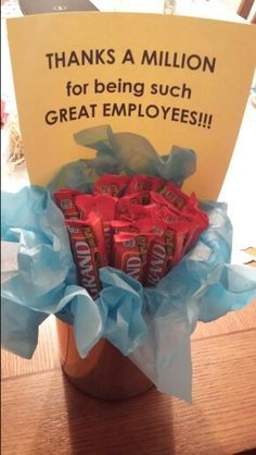 Team Building Techniques that Motivate Employees 16 employee appreciation and motivation techniques to help boost the morale of your staff and team. Employee Appreciation Gifts, Employee Gifts, Teacher Appreciation Week, Gifts For Employees, Employee Rewards, Appreciation Message, Employee Incentive Ideas, Employee Thank You, Incentives For Employees