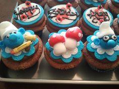 Smurf Cupcakes!!! super cute~!