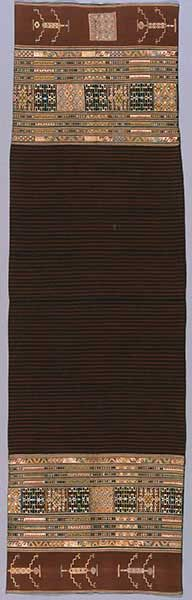Ritual Sarong, 19th century Indonesia, South Belu region, East Timor, Tetum People Cotton and Silk;  193.4 X 56.8 cm (76.125 X 22.625 in.) Museum purchase, Textile Arts Council Endowment Fund 1994.47a  #ethnic_textiles #ethnic_art #textiles #textileart  #textile_art  #textileartscouncil #textile_arts_council #tac #textilesartssf #famsf #deyoung #de_young