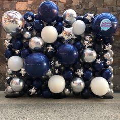 Under the sky balloon wall last night . Balloon Backdrop, Balloon Wall, Balloon Garland, Balloon Decorations, Baby Shower Decorations, Balloon Display, Prom Balloons, Jumbo Balloons, Wedding Balloons