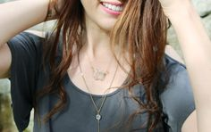 Here's some tips for layering necklaces and getting the layered necklace look using different lengths of necklaces and different kinds of necklaces. Layering Necklaces, Stacked Necklaces, Layered Necklace, Diy Necklace, Coffee Blog, Different Kinds, World Of Fashion, The One, Layers