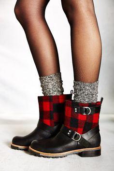 Woolrich Balt Buffalo Plaid Moto Boot - Urban Outfitters