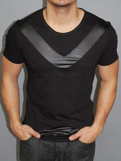 When you look good, you are bound to feel great and that confidence is the finishing touch to any outfit. Mens Summer T Shirts, Mens Tee Shirts, Casual T Shirts, Mens Sweatshirts, Cool Shirts, Unique Outfits, Quality T Shirts, Sweater Shirt, Poses