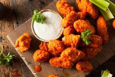 Hot And Spicy Boneless Buffalo Wings Boneless Chicken Wings, Buffalo Chicken Tenders, Chicken Nuggets, Ways To Cook Chicken, Chicken Recipes, Keto Chicken, Slow Cooker Recipes, Cooking Recipes, Slow Cooking