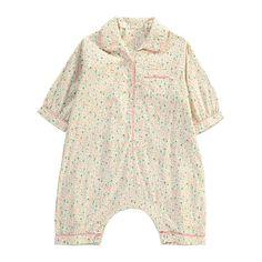 Pyjama Boutonné Fleurs Rose pâle Caramel Baby & Child Bébé- Large choix de Mode sur Smallable, le Family Concept Store - Plus de 600 marques.