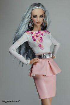 *Meg* Fashion Outfit for Kingdom Doll / Deva Doll  ''XIII''
