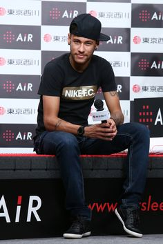 Neymar da Silva Santos Photos: Neymar Announces Advertising Contract For Nishikawa Sangyo's AiR Mattresses In Tokyo