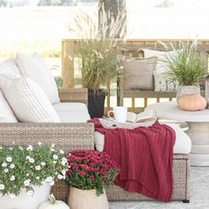 Fall Bedroom + Fall Into Home Tour - Love Grows Wild Fall Bedroom, Budget Bedroom, Diy Farmhouse Table, Living Spaces, Living Room, Creative Decor, Decorating Your Home, Fall Decor, Outdoor Furniture Sets