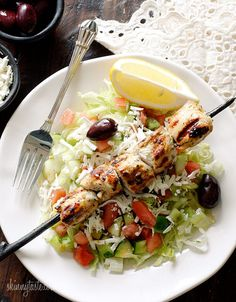 Mediterranean Chicken Kebab Salad #lowcarb #glutenfree #Turkish #clean #weightwatchers 5 points+ #paleo (if you omit the cheese)