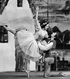 Rudolf Nureyev with Margot Fonteyn in the Peasant Pas de Deux from Giselle......so charming...their smiles said so much.........