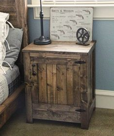 Bedside Table Made From Pallets - #pallets #palletproject #palletprojects…