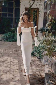 Courthouse Wedding Dress, Civil Wedding Dresses, Wedding Dresses Photos, Dream Wedding Dresses, Bridal Dresses, Bhldn Wedding Dresses, Wedding Dress Midi, Modern Wedding Dresses, Couture Wedding Gowns