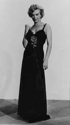 "Marilyn Wardrobe Test for Character ""Rose Loomis"" in film Niagara"