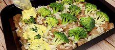 Zapečená kuřecí prsa s brokolicí a sýrem - VařímeDobroty.cz Filets, Cauliflower, Low Carb, Vegetables, Baked Chicken, Healthy Food, Meat, Fast Recipes, Oven