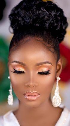 Make-up für schwarze Frauen - Wedding Makeup Dramatic Make Up Looks, Prom Makeup, Girls Makeup, Scary Makeup, Clown Makeup, Costume Makeup, Makeup Jokes, Nose Makeup, Devil Makeup