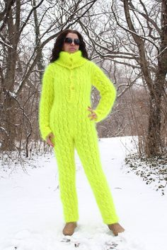 Yellow Sweater Outfit, Winter Sweater Outfits, Mohair Suit, Union Suit, Knitted Poncho, Long Sweaters, Catsuit, How To Feel Beautiful, Hand Knitting