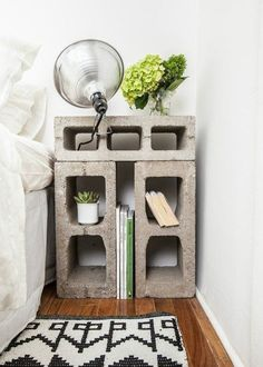 Best Inspiring College Apartment Decoration Ideas - Home & Decor Industrial Design Furniture, Cute Apartment, Cool Apartments, Cheap Home Decor, Diy Apartments, Diy Apartment Decor, Cinder Block Furniture, Small Storage, First Apartment Decorating