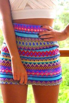 verão, barriga de fora, saia curta, colorida.