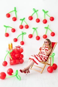 Cherry Summer Party Ideas Cherry Summer Party Ideas – lots of food, recipes, DIY crafts and decorations to inspire your summer birthdays, weddings and cherry celebrations! Fruit Decorations, Balloon Decorations, Birthday Decorations, Balloon Backdrop, Summer Party Decorations, Balloon Centerpieces, Balloon Ideas, Decoration Party, Shower Centerpieces